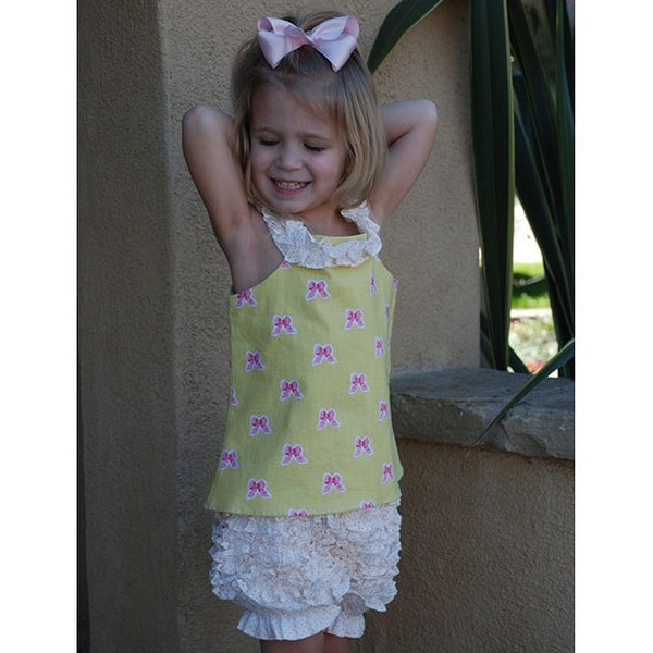 La Petite Couture Baby Girls 6M Pink Dot Ruffle Lined Bloomer Shorts - 6 months