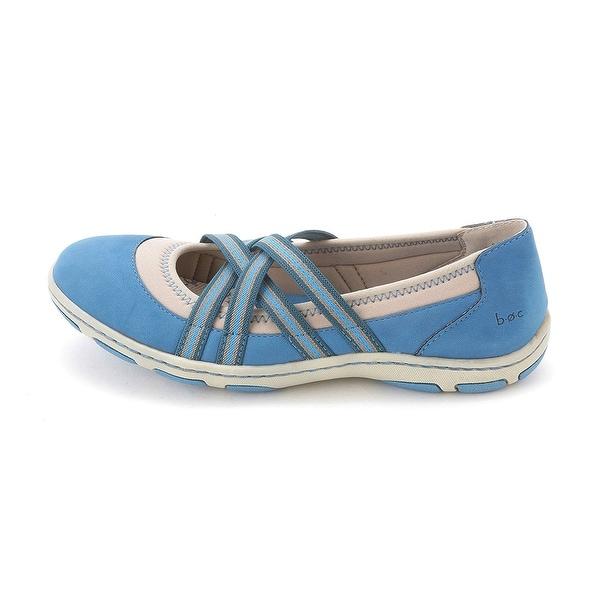 B.O.C Born concept Women's Nambe Round Toe Walking Shoe