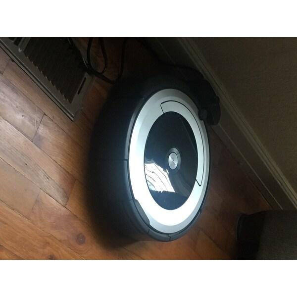 Shop iRobot Roomba 690 Wi-Fi Connected Robot Vacuum - Free