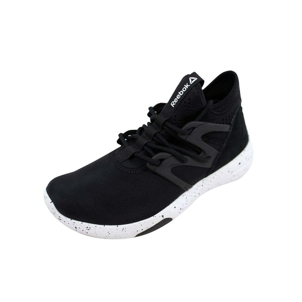 Shop Reebok Women s Hayasu Black White BD2069 Size 7 - Free Shipping ... 93b449a46
