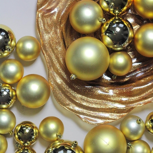 "150ct Vegas Gold Shiny and Matte Shatterproof Christmas Ball Ornaments 2.4""-3""-4"""