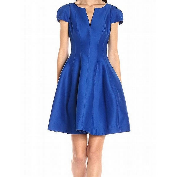 Shop Halston Heritage Blue Women s Size 2 V-Neck Seamed Skater Dress ... 0a597e4358
