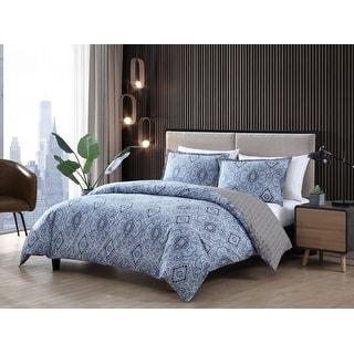 Link to Carson Carrington Harstad Blue Cotton 3-piece Duvet Cover Set Similar Items in Duvet Covers & Sets