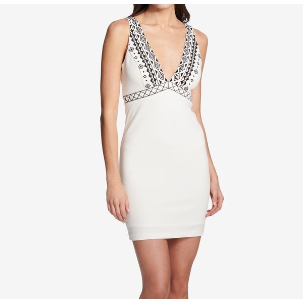 3d4d3573704e Shop Guess White Women's Size 2 Tribal Embroidered Sheath Dress - Free  Shipping On Orders Over $45 - Overstock - 27347245