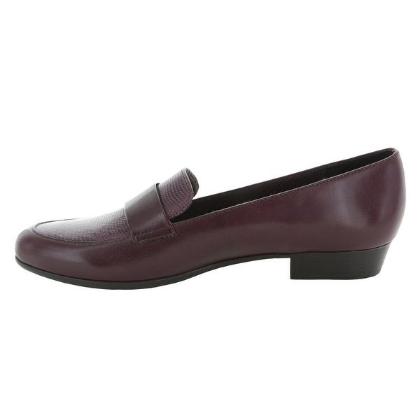Munro Womens Kiera Closed Toe Loafers