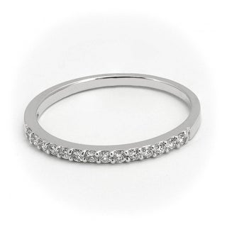 0.22 CT.TW Petite Classic Round Cut Diamond Wedding Band in 14KT Gold