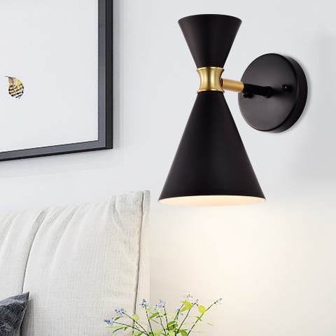 1-Light Wall Sconce with brass accents