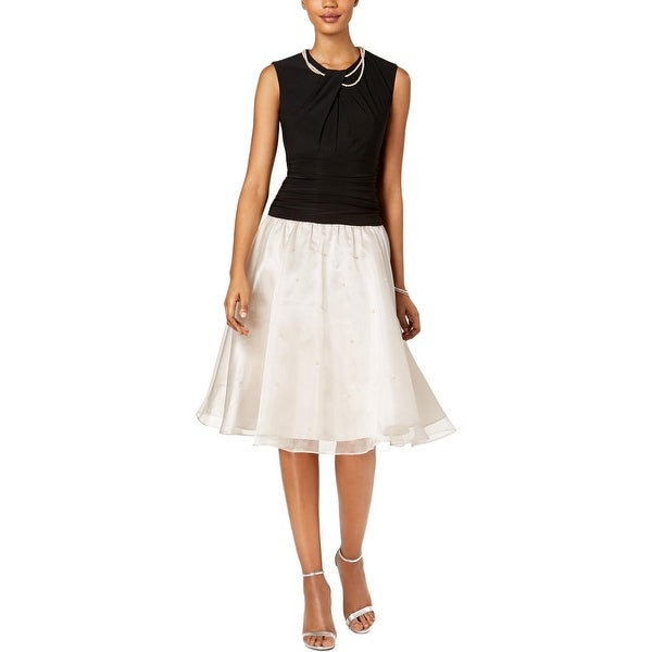 SLNY Womens Special Occasion Dress Sleeveless Fit Flare