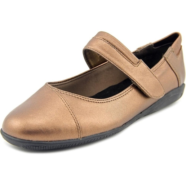 Walking Cradles Flair W Round Toe Leather Mary Janes