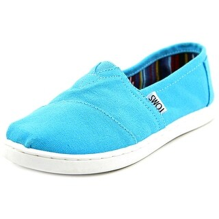 Toms Classics Youth Round Toe Canvas Blue Loafer