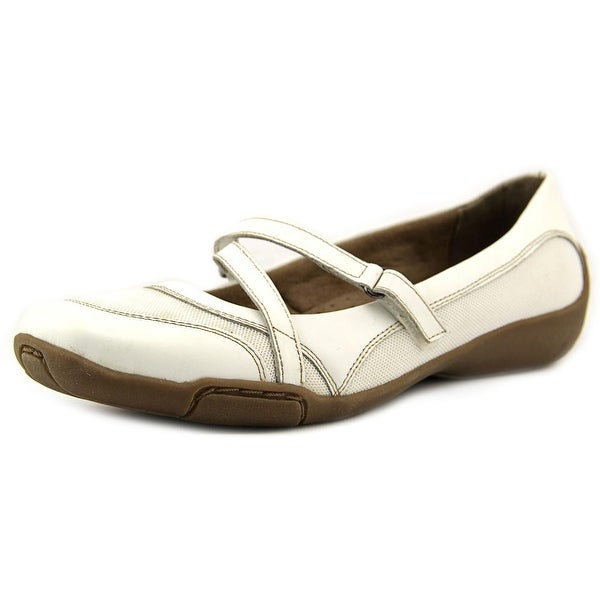 Auditions Crescent Women WW Round Toe Leather White Mary Janes