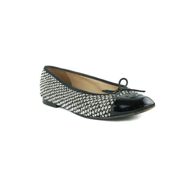 Shop Chanel Womens Black White Woven Patent Cap Toe Flats - Free ... cc75a0d2cd