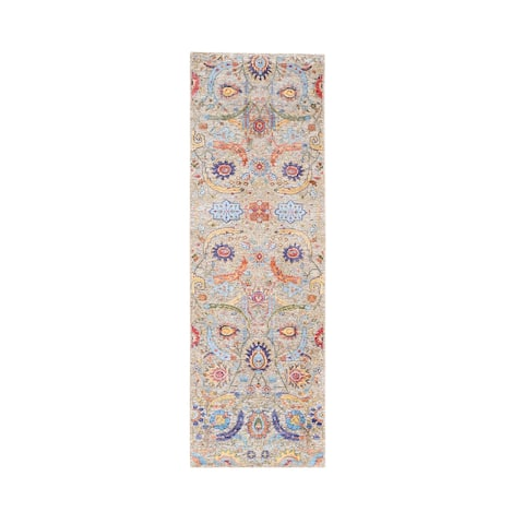 """Shahbanu Rugs Taupe Silk With Textured Wool Sickle Leaf Design Hand Knotted Oriental Runner Rug (2'7"""" x 8'0"""") - 2'7"""" x 8'0"""""""