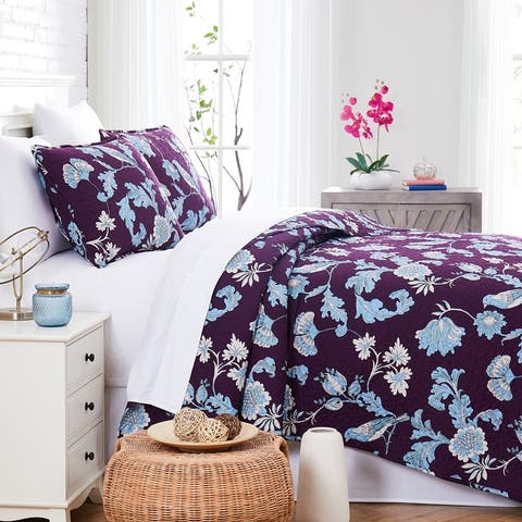 Early Spring Premium Quilt and Sham Set
