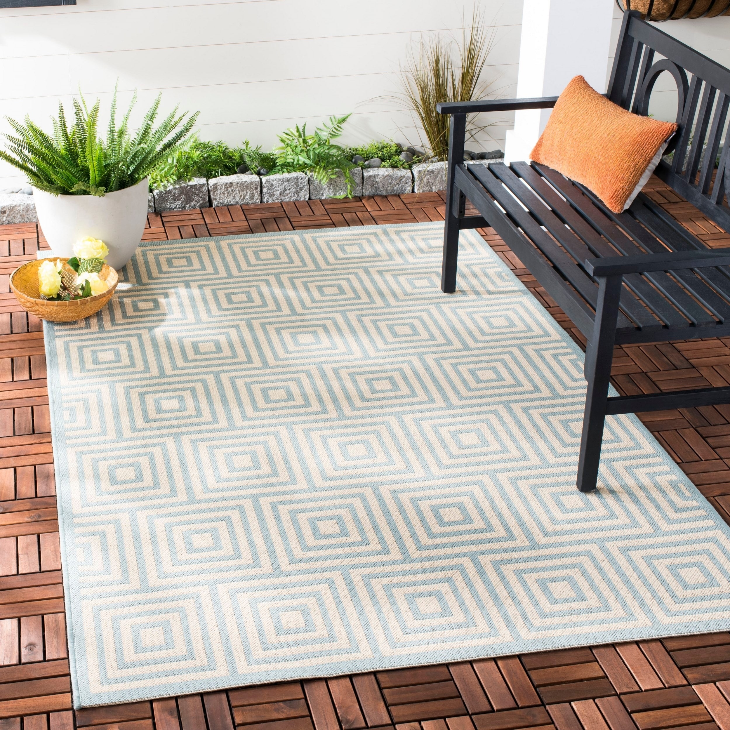 Beach House Venie Indoor Outdoor Rug