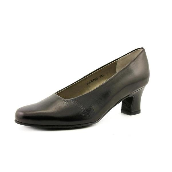 Mark Lemp By Walking Cradles Vicki Women WW Round Toe Leather Black Heels