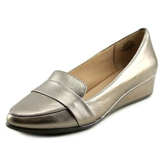 Easy Spirit Adalynn Women Pointed Toe Leather Silver Flats