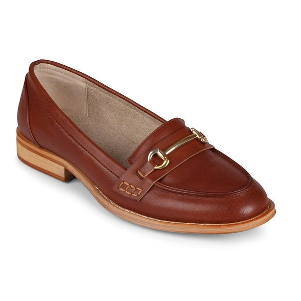Wanted Shoes Womens CitiTime Leather Closed Toe Loafers