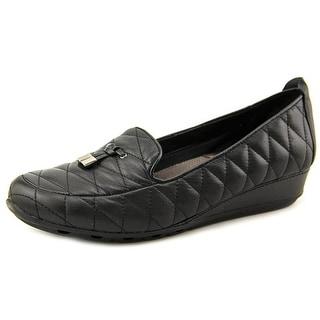 Easy Spirit Belesa Round Toe Leather Loafer