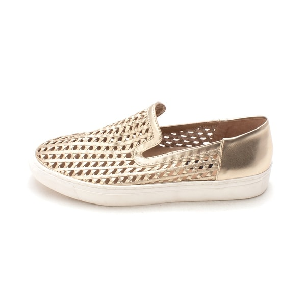 1c8c7652ff4 STEVEN by Steve Madden Womens KALYPSO Leather Low Top Slip On Fashion  Sneakers - 9