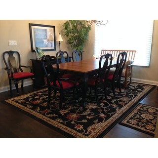 Meticulously Woven Lanier Floral Runner Rug (3' x 7')