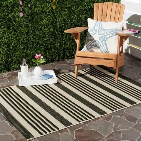 SAFAVIEH Courtyard Charmaine Indoor/ Outdoor Patio Backyard Rug