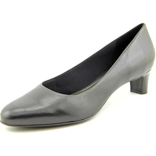 Trotters Janna N/S Round Toe Leather Heels