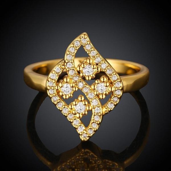 Swivel Artistic Gold Ring