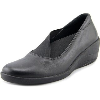 Spring Step College Women Round Toe Leather Loafer