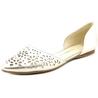 Isaac Mizrahi Nikki Women Pointed Toe Leather Flats