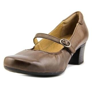 Walksmart Paige   Round Toe Leather  Heels