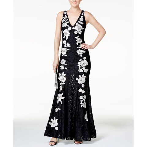 Betsy & Adam Black Women's Size 6 Floral Embroider Gown Dress