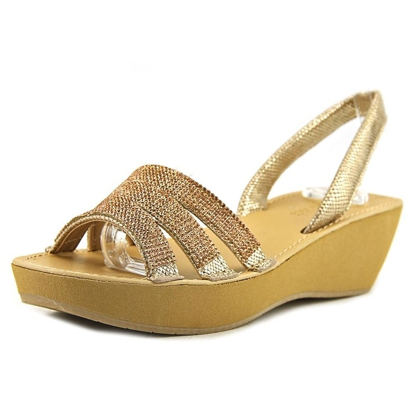 Kenneth Cole Reaction Fine Jewel Women Soft Gold Pumps