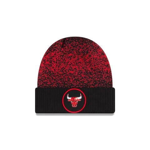 Chicago Bulls On Court Cuffed Knit Hat
