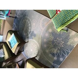 "Nourison Home & Garden Medallion Blue Indoor/Outdoor Rug - 5'3"" x 7'5"""