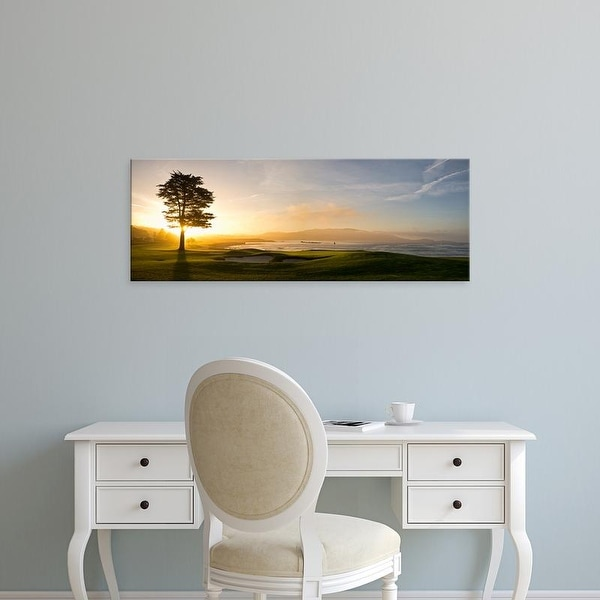 Easy Art Prints Panoramic Image '18th Hole, Cypress tree, Pebble Beach Golf Links, Pebble Beach, California' Canvas Art