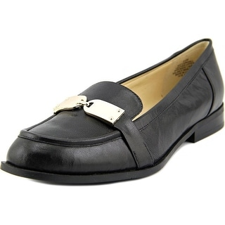 Nine West Townhall Women Moc Toe Leather Loafer