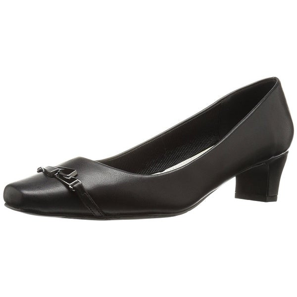 Easy Street Womens Venture Closed Toe Classic Pumps