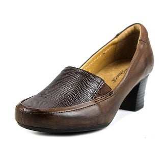 Walksmart Olivia Women Round Toe Leather Brown Heels