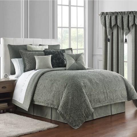 Waterford Garner Reversible 4PC. Comforter Set
