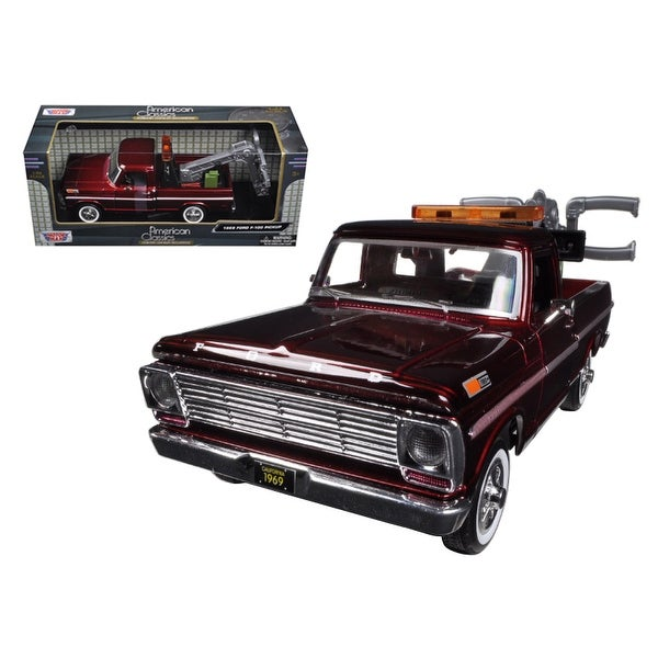 Ford F  Tow Truck Burgundy  Cast Model By Motormax