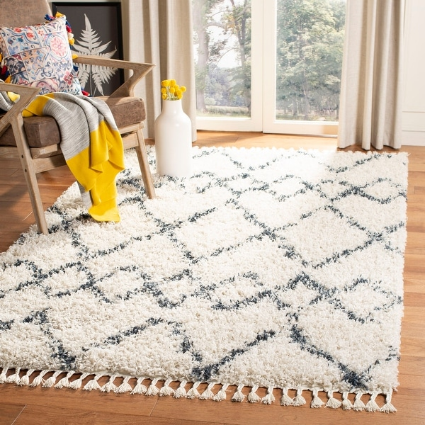 Safavieh Pro Lux Shag Verene Moroccan Tassel 2-inch Thick Rug. Opens flyout.