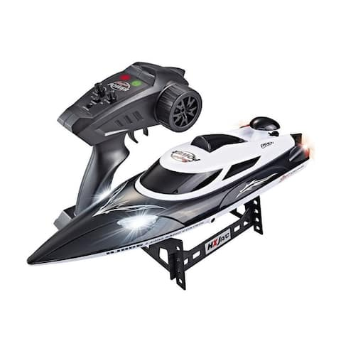 20 MPH speed boat with self rihghting feature 18 inch long 400 feet range with tail lights
