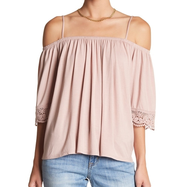 c8e183e3a2623 Shop Melrose and Market Pink Women s Size Medium M Cold Shoulder Lace Top -  Free Shipping On Orders Over  45 - Overstock - 22515263