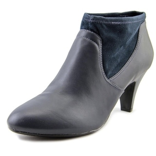 Naturalizer Brenna W Round Toe Leather Ankle Boot