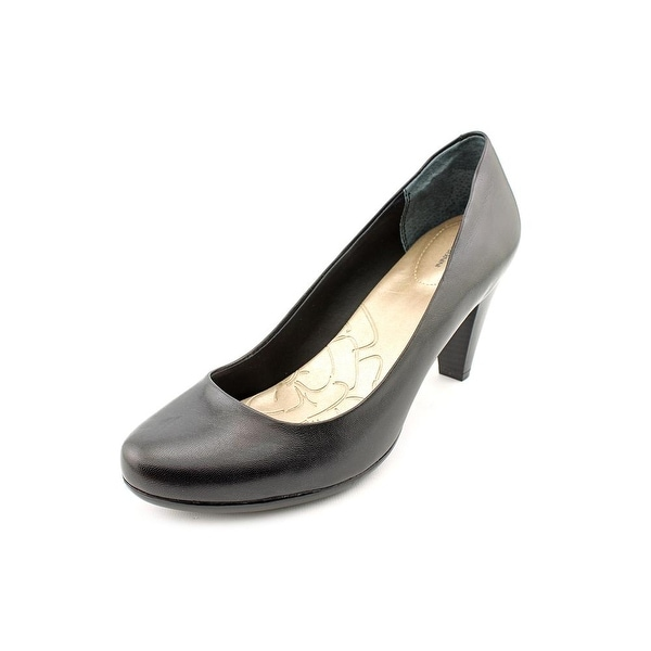 Giani Bernini Sweets Womens Black Pumps