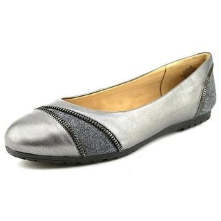 Easy Spirit e360 Arielle W Round Toe Leather Flats
