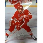 Signed Yzerman Steve Detroit Red Wings 16x20 Photo Heavy Kinks in photo autographed