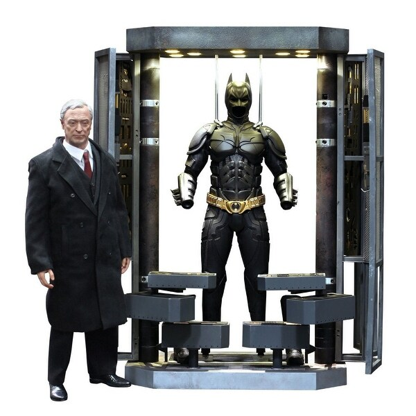 The Dark Knight Rises 1:6 Batman Armory w/ Alfred and Batman Hot Toys Figures