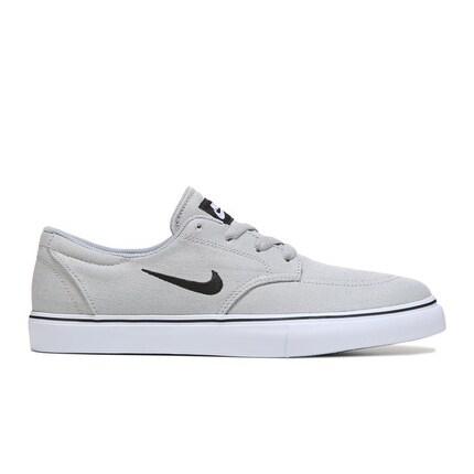 Nike Men's SB CLUTCH Skate